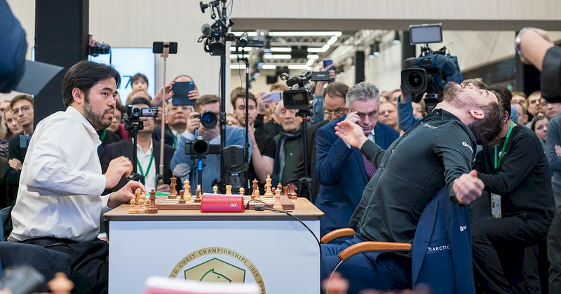 Carlsen wins world blitz title